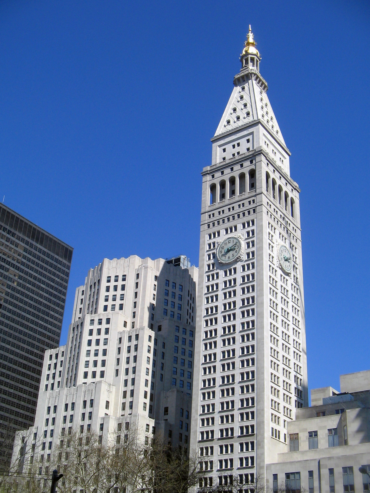 Metlife Life Insurance >> Who Owns 23 Wall Street? Who Owns Manhattan Clock Tower ...
