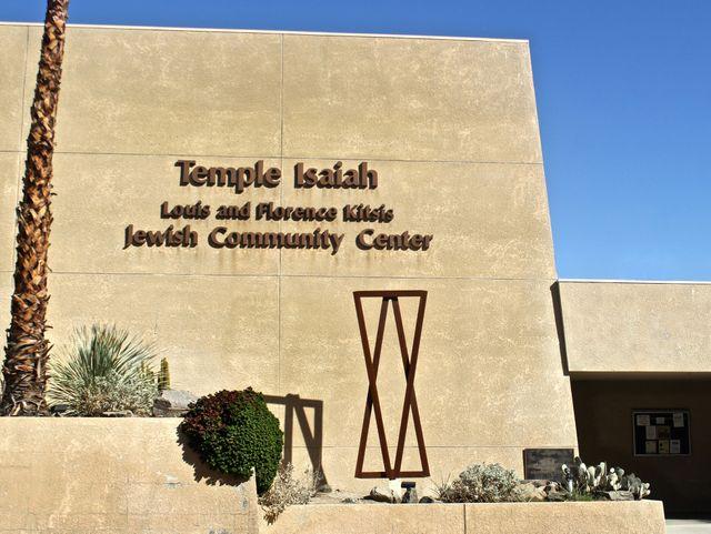 636263864296023891-TDSBrd-10-17-2015-DesertSun-1-A013--2015-10-16-IMG-27--Temple-Isaiah-1-1-1-3OC82QFF-L692413995-IMG-27--Temple-Isaiah-1-1-1-3OC82QFF